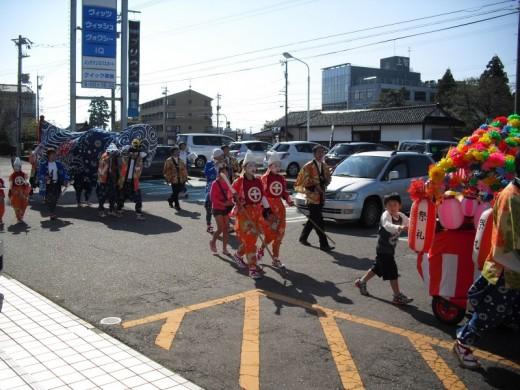 秋季祭礼獅子舞