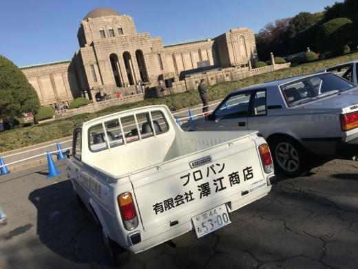 トヨタ博物館クラシックカーフェスティバルin神宮外苑